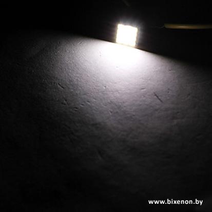 Светодиодная лампа W5W/T10 — 4 SMD с обманкой