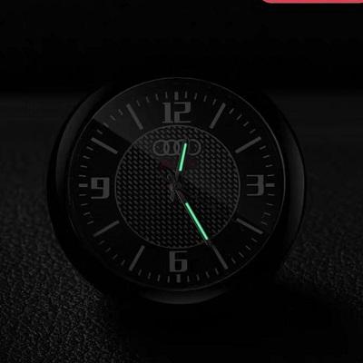 Автомобильные часы с логотипом и без